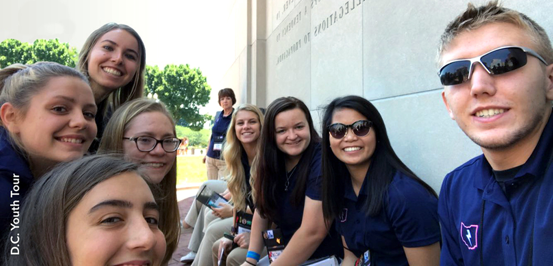 Youth tour students stop at monument in DC